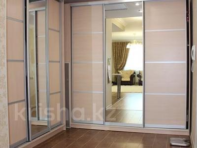 3-комнатная квартира, 90 м², 18/25 этаж, 15-й мкр 69 за 32 млн 〒 в Актау, 15-й мкр — фото 2