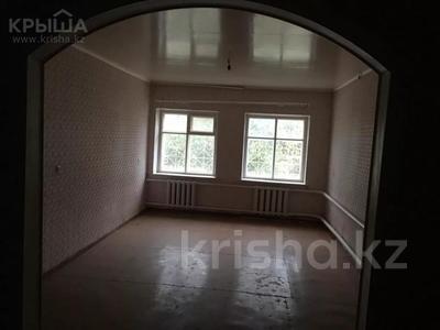 Здание, Автомобилистов 30 площадью 328.5 м² за 300 000 〒 в Уральске — фото 2