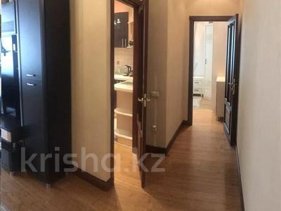 2-комнатная квартира, 85 м² посуточно, Брусиловского 167 — Абая за 15 000 〒 в Алматы