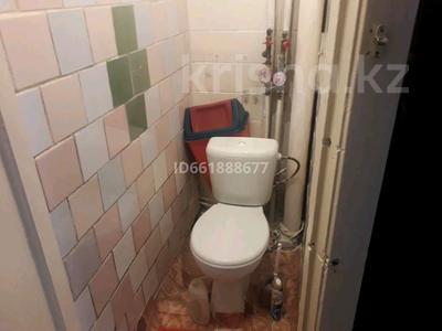 3-комнатная квартира, 61.5 м², 3/5 этаж, улица Строителей 28 за 6 млн 〒 в Аксу — фото 10