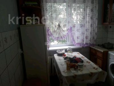 3-комнатная квартира, 61.5 м², 3/5 этаж, улица Строителей 28 за 6 млн 〒 в Аксу — фото 5