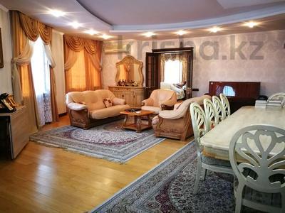 7-комнатная квартира, 332 м², 6/7 этаж, Есенберлина 155 — Орманова за 102.7 млн 〒 в Алматы, Медеуский р-н