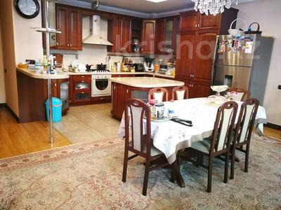 7-комнатная квартира, 332 м², 6/7 этаж, Есенберлина 155 — Орманова за 102.7 млн 〒 в Алматы, Медеуский р-н — фото 2