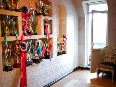 7-комнатная квартира, 332 м², 6/7 этаж, Есенберлина 155 — Орманова за 102.7 млн 〒 в Алматы, Медеуский р-н — фото 19