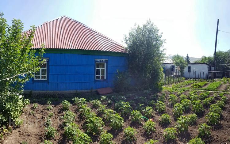 4-комнатный дом, 42.9 м², 4 сот., Жангельдина 19 за 5.9 млн 〒 в Усть-Каменогорске