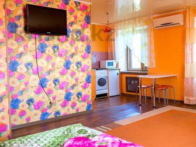 1-комнатная квартира, 33 м², 5/5 этаж посуточно, Гоголя 80 — Баймагамбетова за 5 000 〒 в Костанае — фото 2