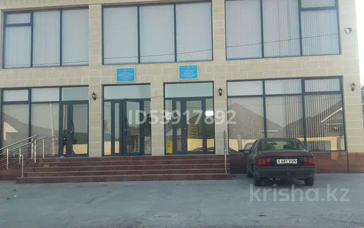 Здание, площадью 366 м², Мкр Қайтпас-2 348 — Төлеметова за 85 млн 〒 в Шымкенте, Каратауский р-н