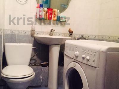 1-комнатная квартира, 35.2 м², 3/9 этаж, Мкр Аксай-4 70 — Саина за 17.5 млн 〒 в Алматы