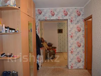 2-комнатная квартира, 50 м², 1/4 этаж, Энтузиастов 7 за 13 млн 〒 в Усть-Каменогорске — фото 8