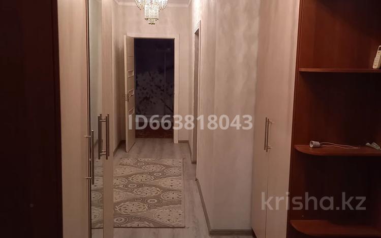 2-комнатная квартира, 64 м², 1/4 этаж, 6-й микрорайон Рауан за 12 млн 〒 в Жанаозен