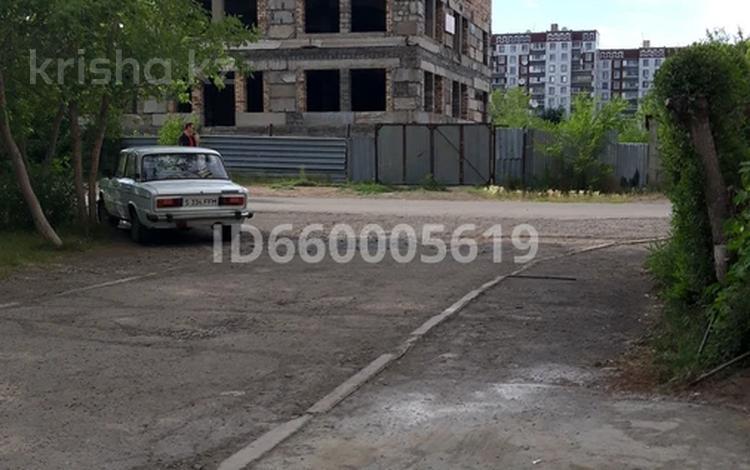Здание, площадью 992 м², 5а мкр 5 за 39.5 млн 〒 в Экибастузе