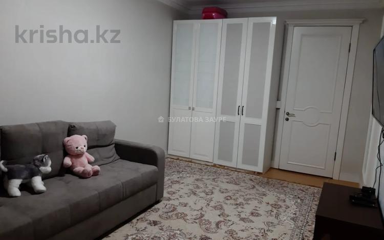 1-комнатная квартира, 40 м², 3/9 этаж, 38-ая за ~ 15.8 млн 〒 в Нур-Султане (Астана), Есиль р-н