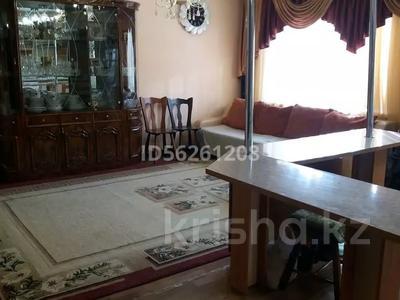 3-комнатная квартира, 86 м², 1/5 этаж посуточно, Самал 21 за 12 000 〒 в Талдыкоргане — фото 3