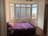 2-комнатная квартира, 65 м², 4/5 этаж на длительный срок, Канцева 11 — Драм театр за 140 000 〒 в Атырау