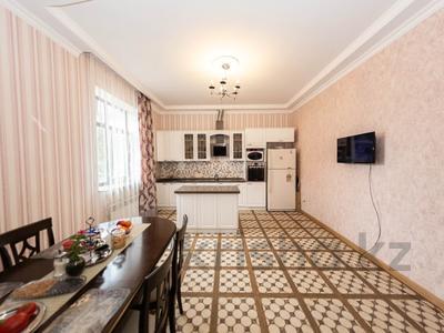 7-комнатный дом, 500 м², 10 сот., Айша биби за 249 млн 〒 в Нур-Султане (Астана), Есиль р-н — фото 15
