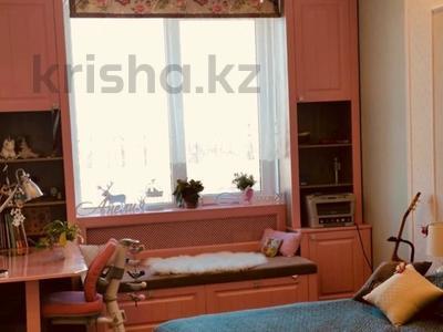 3-комнатная квартира, 80 м², 3/5 этаж, Тулебаева — Курмангазы за 44 млн 〒 в Алматы, Медеуский р-н — фото 2