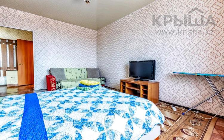 1-комнатная квартира, 45 м², 11/12 этаж посуточно, Кабанбай батыра 40 — Сыганак за 6 000 〒 в Нур-Султане (Астана), Есиль р-н