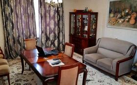 5-комнатный дом помесячно, 250 м², 8 сот., мкр Мамыр за 500 000 〒 в Алматы, Ауэзовский р-н