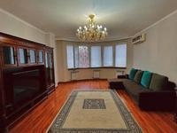 3-комнатная квартира, 95 м², 2/10 этаж посуточно, мкр Тастак-3 40 — Толе би за 18 000 〒 в Алматы, Алмалинский р-н