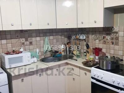 3-комнатная квартира, 70 м², 2/5 этаж, Мызы 43 — Протозанова за 17.5 млн 〒 в Усть-Каменогорске