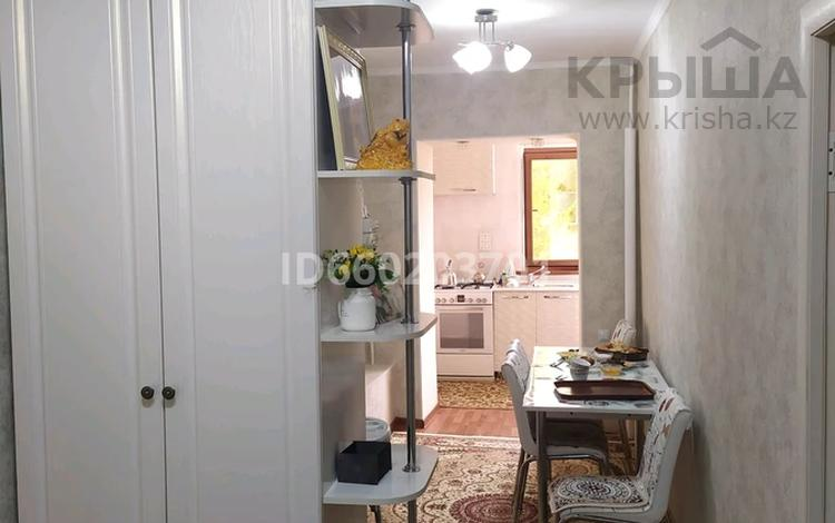 3-комнатная квартира, 72 м², 3/4 этаж, Крупской 50 за 15 млн 〒 в Таразе