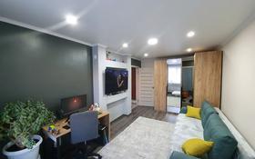 1-комнатная квартира, 30 м², 1/5 этаж, Молодёжная 45/1 за 6.5 млн 〒 в Шахтинске