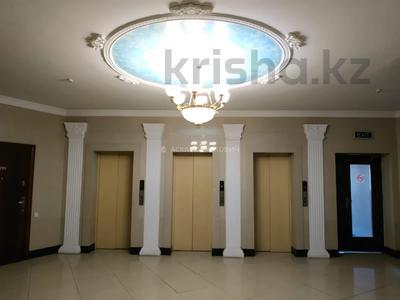 3-комнатная квартира, 130 м², 16/18 этаж, Курмангазы 145 — Муканова за 55 млн 〒 в Алматы, Алмалинский р-н — фото 12