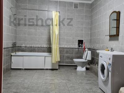 3-комнатная квартира, 140 м², 3/17 этаж помесячно, Розыбакиева 289 за 270 000 〒 в Алматы, Бостандыкский р-н — фото 22