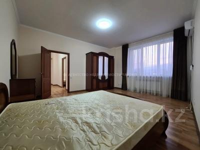 3-комнатная квартира, 140 м², 3/17 этаж помесячно, Розыбакиева 289 за 270 000 〒 в Алматы, Бостандыкский р-н — фото 27