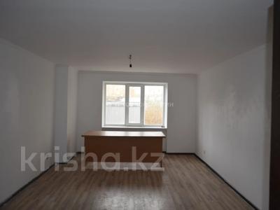 3-комнатная квартира, 96 м², 3/10 этаж, проспект Шакарима Кудайбердиулы за 26 млн 〒 в Нур-Султане (Астана), Алматы р-н — фото 6