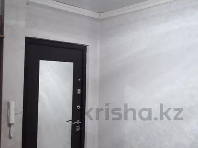3-комнатная квартира, 62 м², 3/5 этаж, 7 мкр. 64 за 11 млн 〒 в Темиртау — фото 10