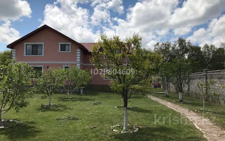 6-комнатный дом, 300 м², 25 сот., Карасай батыра 29 за 85 млн 〒 в Шамалгане