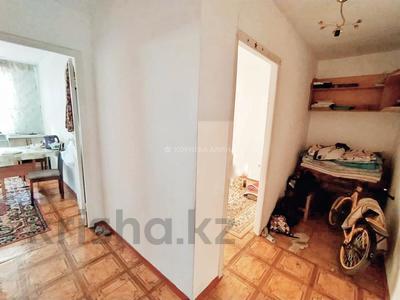 1-комнатная квартира, 42 м², 4/4 этаж, Мкр Жетысу за 9.7 млн 〒 в Талдыкоргане