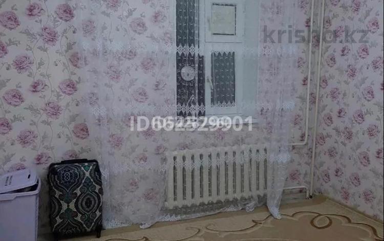 2-комнатная квартира, 59 м², 2/4 этаж, 4 мкр 39 за 11 млн 〒 в Жанаозен