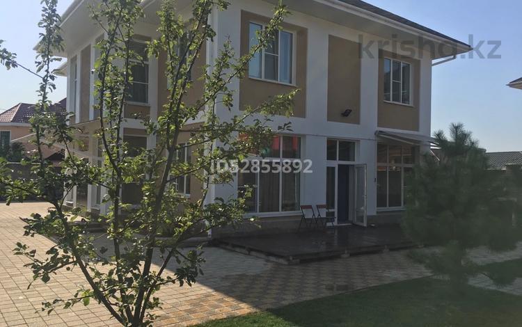 5-комнатный дом, 225 м², 8 сот., мкр Думан-2, Луч Востока 10 за 69 млн 〒 в Алматы, Медеуский р-н