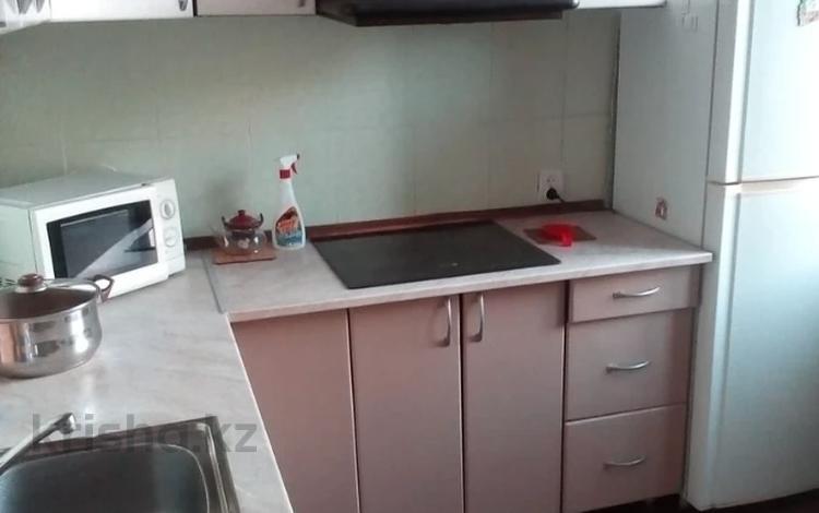 2-комнатная квартира, 60 м², 3 этаж помесячно, проспект Нурсултана Назарбаева 80 за 80 000 〒 в Усть-Каменогорске