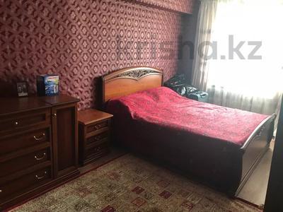 3-комнатная квартира, 70.5 м², 2/5 этаж, Комсомольская 21/1 за 16.5 млн 〒 в Усть-Каменогорске — фото 2