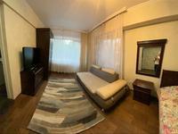 1-комнатная квартира, 31 м², 2/5 этаж посуточно, улица Кабанбай батыра 120 за 7 000 〒 в Усть-Каменогорске