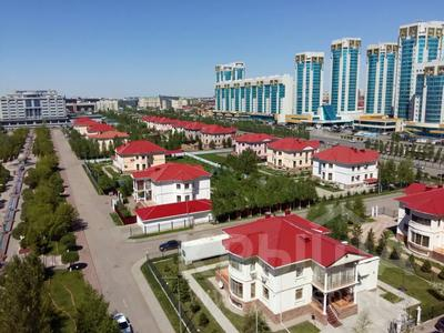 1-комнатная квартира, 50 м², 9/12 этаж посуточно, Сарайшык 34 — Акмешит за 9 000 〒 в Нур-Султане (Астана) — фото 16