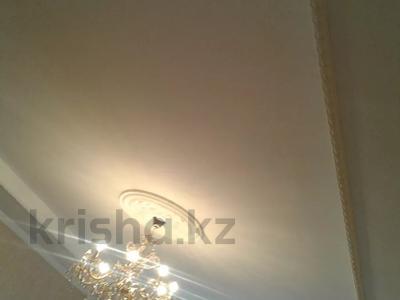 7-комнатный дом, 130 м², 8 сот., Дулатова 4 — Култекенова за 9 млн 〒 в  — фото 2