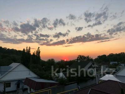 5-комнатный дом, 310 м², 7.4 сот., Сарсенбаева 174 за 107 млн 〒 в Алматы, Медеуский р-н — фото 16