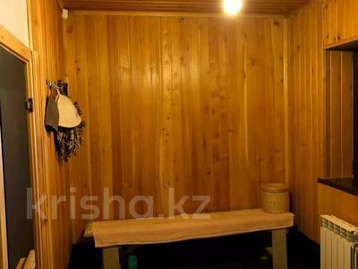 5-комнатный дом, 310 м², 7.4 сот., Сарсенбаева 174 за 107 млн 〒 в Алматы, Медеуский р-н — фото 32