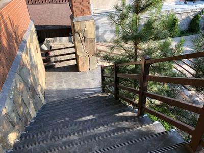 5-комнатный дом, 310 м², 7.4 сот., Сарсенбаева 174 за 107 млн 〒 в Алматы, Медеуский р-н — фото 8