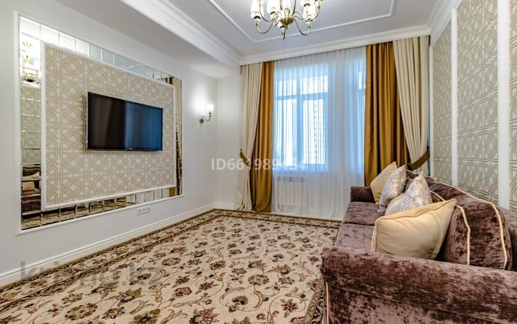 4-комнатная квартира, 108 м², 6/9 этаж, Туркестан 34 — проспект Улы Дала за 55.5 млн 〒 в Нур-Султане (Астана), Есиль р-н