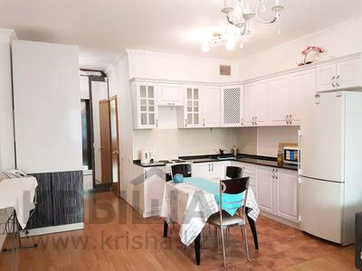 1-комнатная квартира, 45 м², 4 этаж посуточно, Достык 5 — Сауран за 10 000 〒 в Нур-Султане (Астане), Есильский р-н