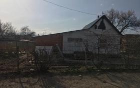 Дача с участком в 15 сот., Персиковая за 3.2 млн 〒 в Таразе