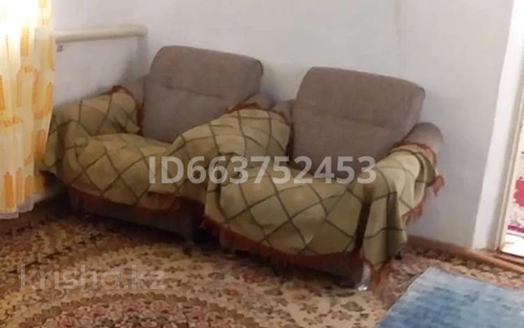 4-комнатный дом, 100 м², 50 сот., Терыс за 3.5 млн 〒 в Бауыржан Момышулы