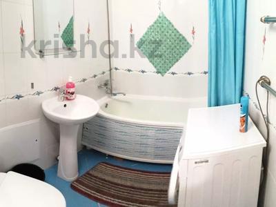 1-комнатная квартира, 40 м², 2/5 этаж посуточно, Аль-Фараби 32 за 6 000 〒 в Костанае — фото 6