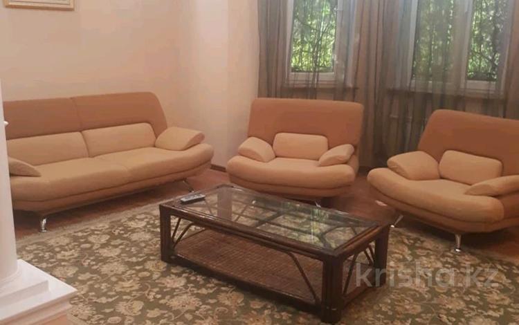 5-комнатный дом помесячно, 600 м², 1-й мкр 9 за 450 000 〒 в Актау, 1-й мкр