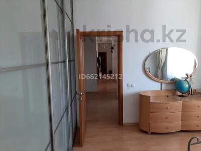 3-комнатная квартира, 107 м², 16/18 этаж помесячно, Отрар за 200 000 〒 в Нур-Султане (Астана), р-н Байконур — фото 10